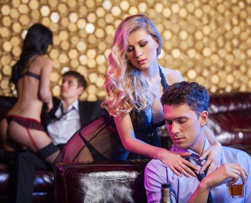 15 Tips for Booking a Stripper Direct to your Hotel in Las Vegas